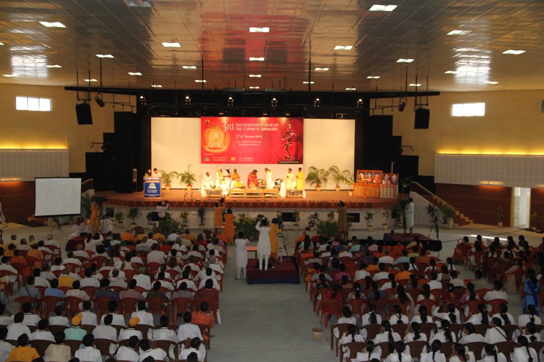 convegno mondiale dello yoga nel 2012 - 2